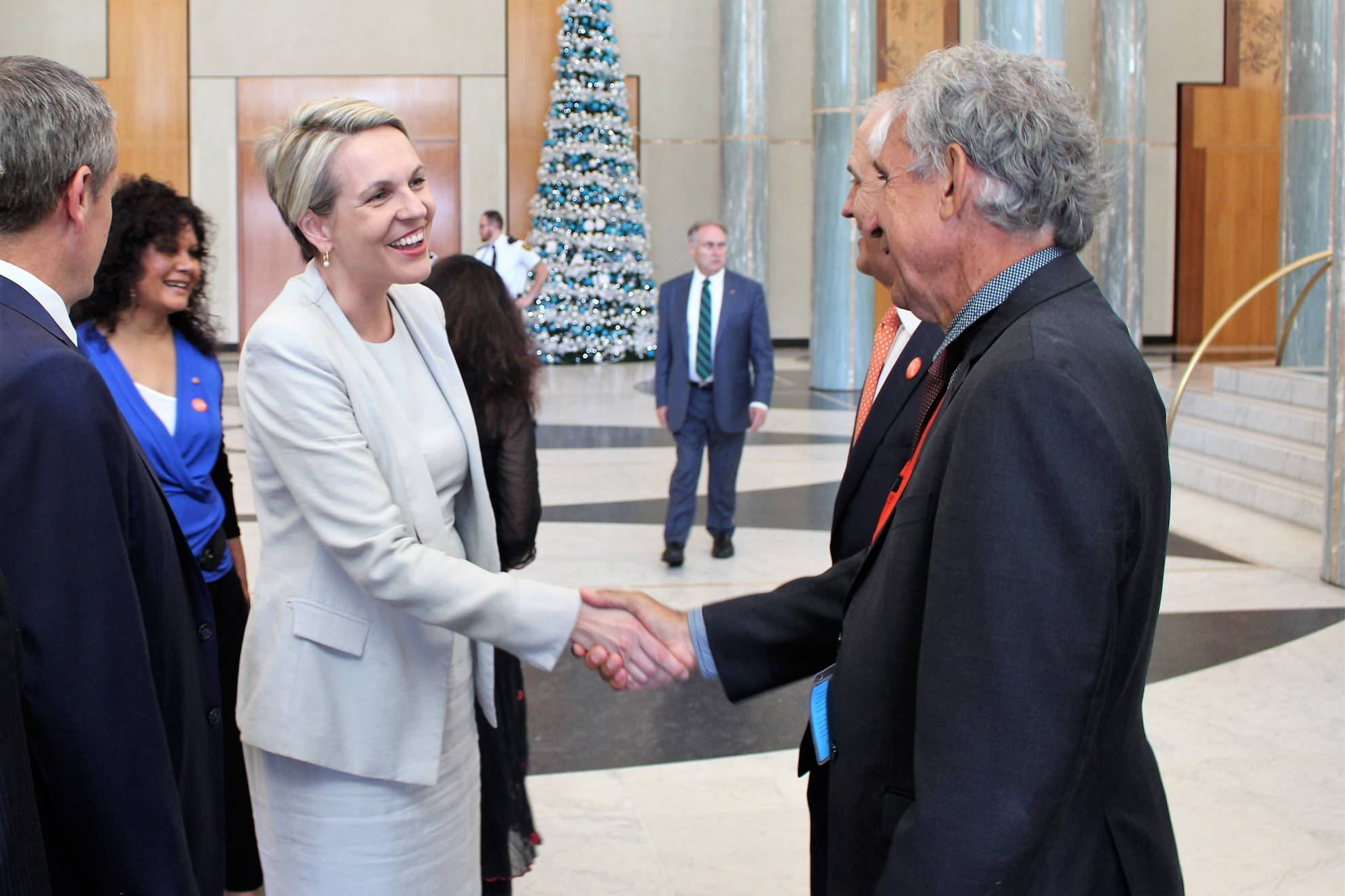 Leaders Of Australia Link Up No More