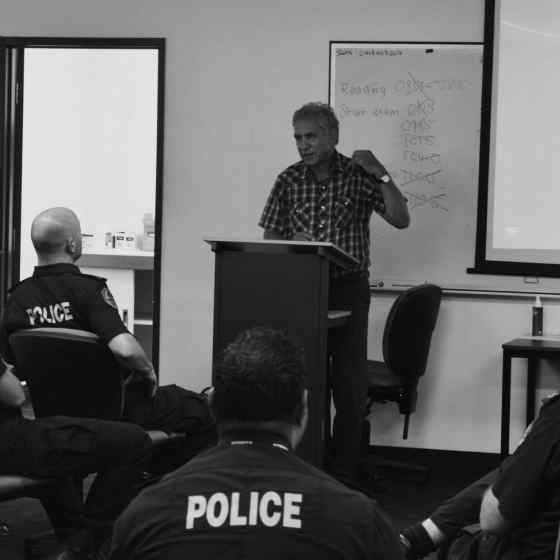 NO MORE campaign founder, Charlie King, talks with Police who will help spread the message of NO MORE family violence across NT rural and remote communities.