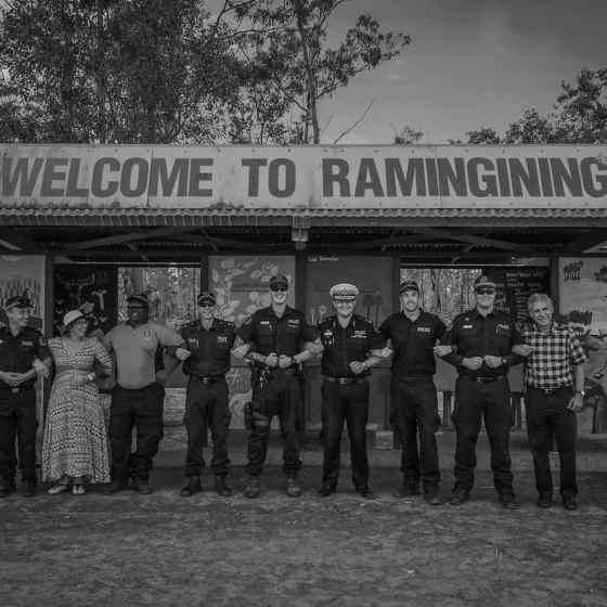 Rosie Batty and NT Police visit Ramingining to congratulate them on all the work that they have done to reduce family violence in their community by 70%.